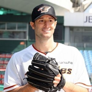 Alessandro-Alex-Maestri-Hanwha-Eagles-Kbo-Baseball (33)