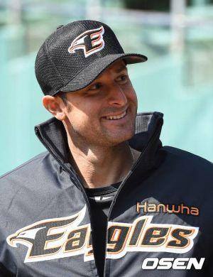 Alessandro Alex Maestri Hanwha Eagles Corea Baseball (6)