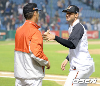 Alessandro Maestri Eagles Korean Baseball (20)