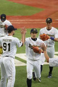 Alex Maestri Pitcher Japan Buffaloes 2014 (1)