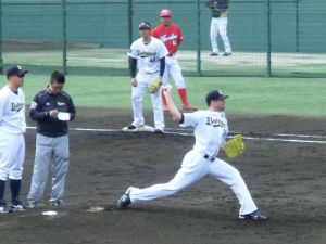 Alex Maestri Pitcher Japan Buffaloes 2014 (240)