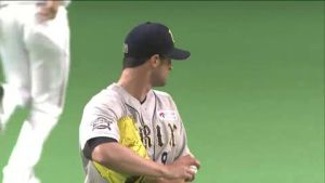Alex Maestri Pitcher Japan Buffaloes 2014 (6)