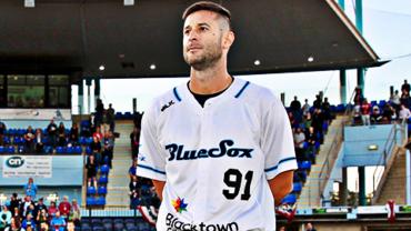 Alex Maestri con la casacca dei Blue Sox