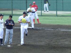 Alex Maestri Pitcher Japan Buffaloes 2014 (246)
