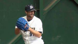 Alex Maestri Pitcher Japan Buffaloes 2014 (288)